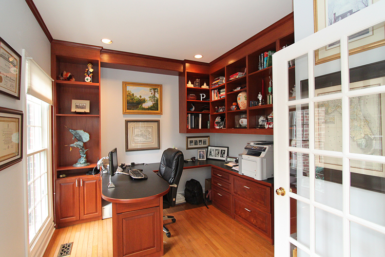 custom-cabinets-houston-office-3