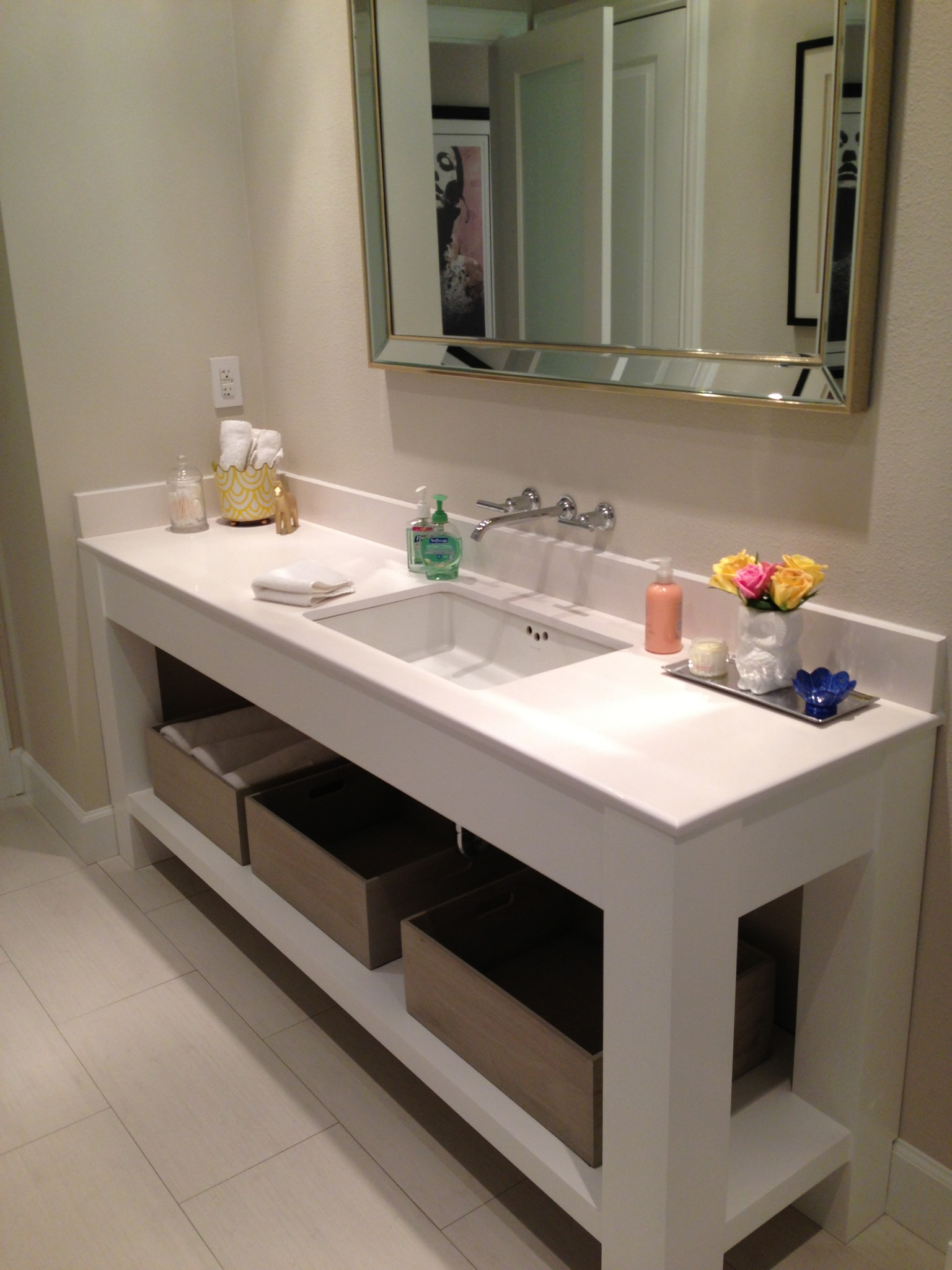 Custom bathroom cabinets online